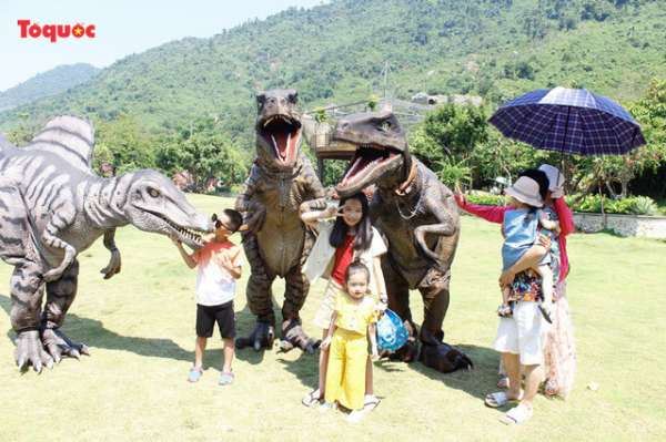Miễn phí 10.000 vé tham quan công viên Khủng Long dành cho trẻ em