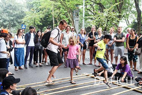 Khách du lịch đến Hà Nội tăng mạnh trong dịp nghỉ lễ