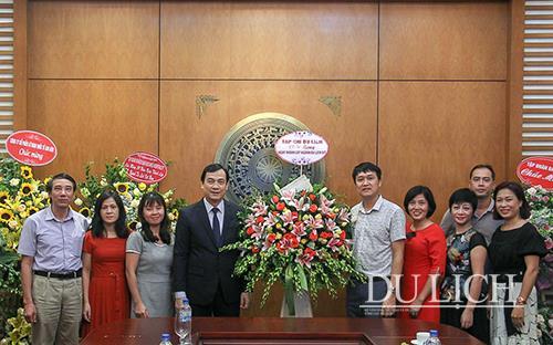 Chào mừng 59 năm ngày thành lập ngành Du lịch Việt Nam