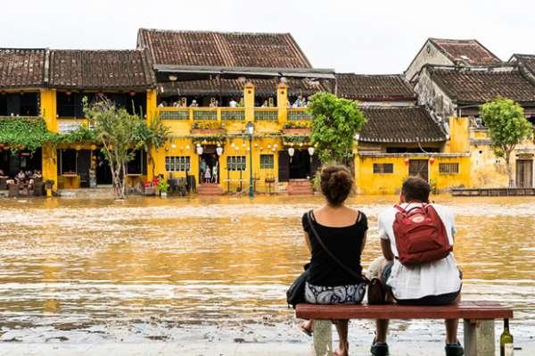 8 lưu ý du lịch mùa mưa lũ