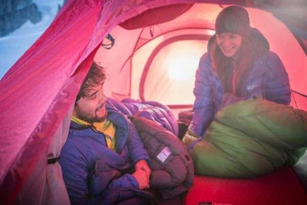 Bí quyết giữ ấm khi cắm trại mùa đông