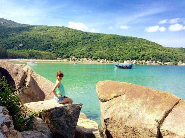 Không phải ai cũng biết ở Nha Trang có 3 bãi biển đẹp mà lại vắng người này