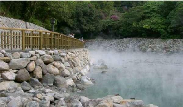Mạch suối khoáng nóng quý giá và lâu đời tại Việt Nam