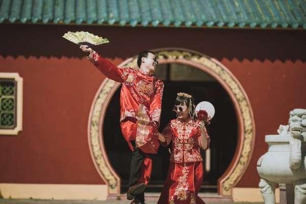 Quỳnh Phủ Hội Quán ở Khánh Hòa điểm để sống ảo đẹp mê mẩn như một góc Tử Cấm Thành.