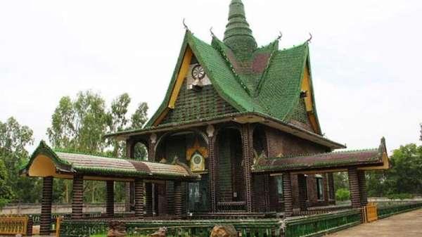Ngôi chùa vỏ chai-Kiến trúc  có một không hai  ở Thái Lan
