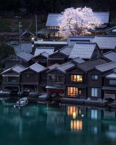 Ngôi làng được mệnh danh 'Venice phiên bản Nhật'