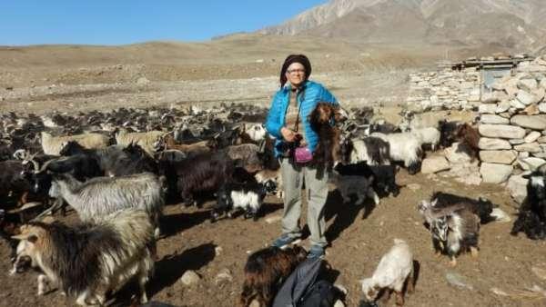 Người phụ nữ 70 tuổi một mình đi gần 70 quốc gia