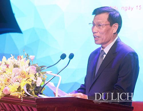 100-doanh-nghiep-don-vi-duoc-vinh-danh-va-trao-tang-giai-thuong-du-lich-viet-nam-2019-1